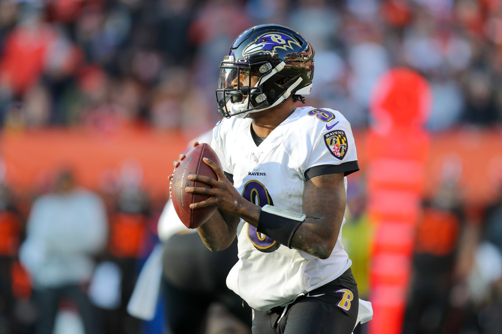 Baltimore Ravens quarterback Lamar Jackson looks to pass.